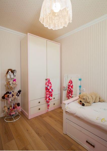 חדר שינה מעוצב לילדה, עיצוב שרי בר-נע גבעון light-design