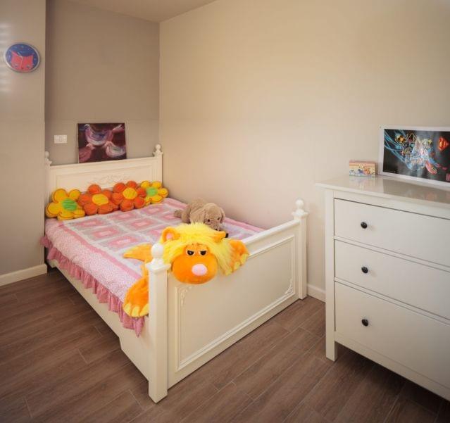 חדר ילדה מעוצב בסגנון כפרי, עיצוב שרי בר-נע גבעון light-design