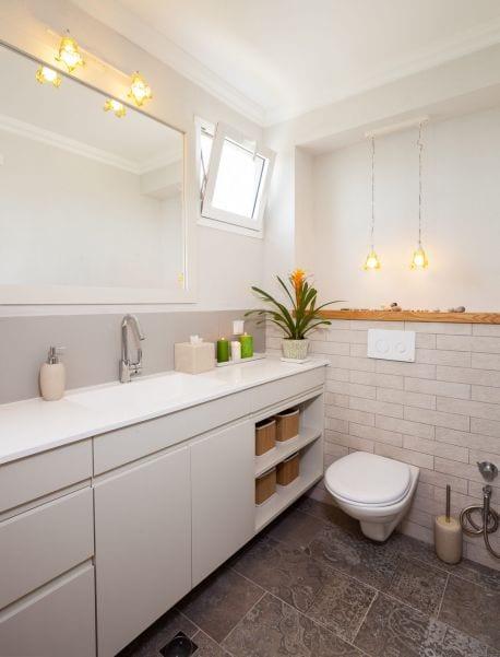 חדר רחצה כפרי מעוצב, עיצוב שרי בר-נע גבעון light-design