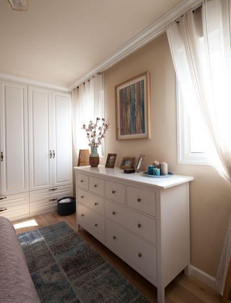 חדר שינה כפרי מעוצב, עיצוב שרי בר-נע גבעון light-design