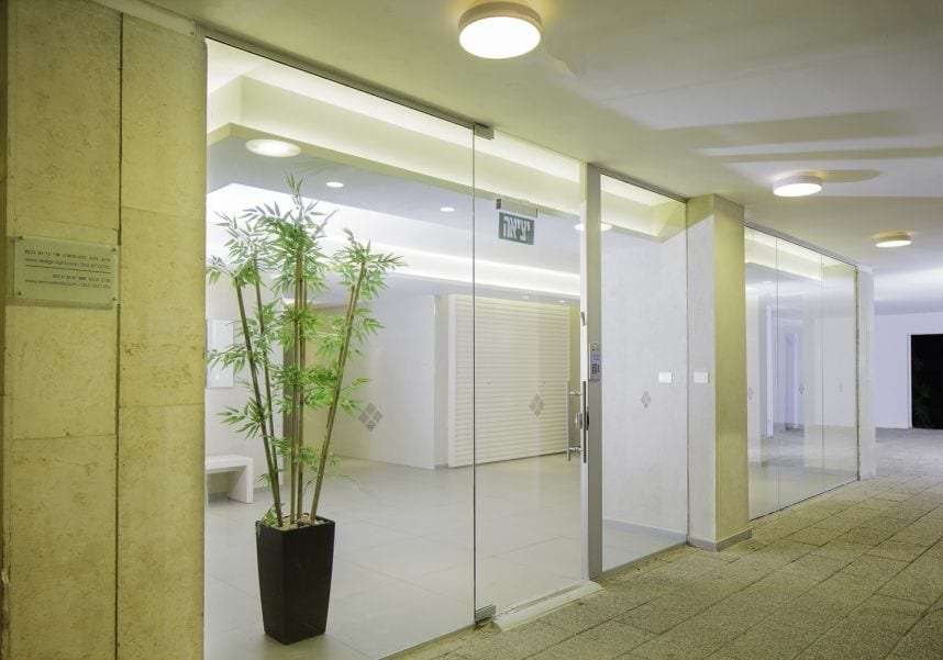 לובי ברמת אביב- כניסה, עיצוב שרי בר-נע גבעון light-design