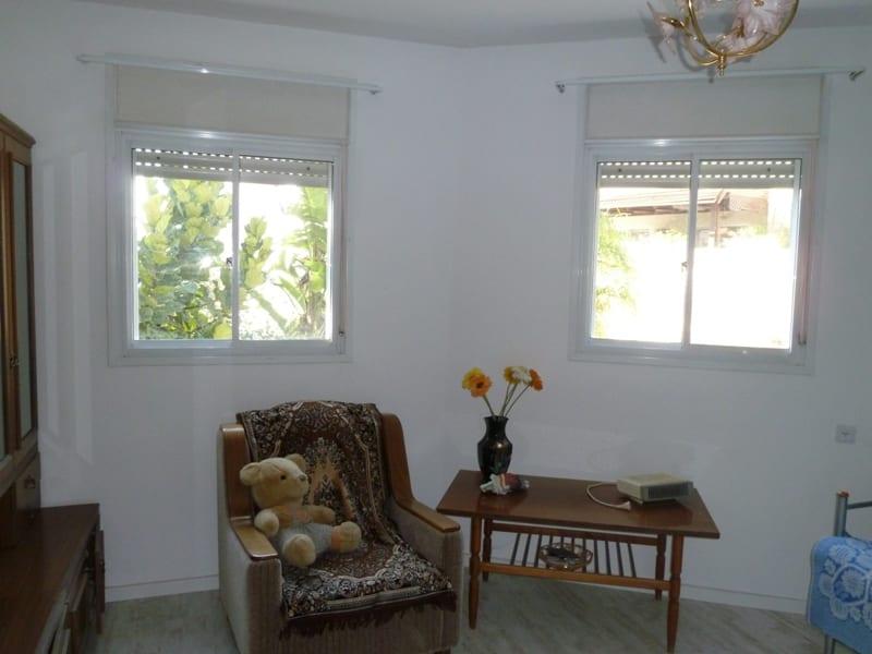 דירת גן במודיעין חדר שינה תמונה לפני שרי בר-נע גבעון light-design