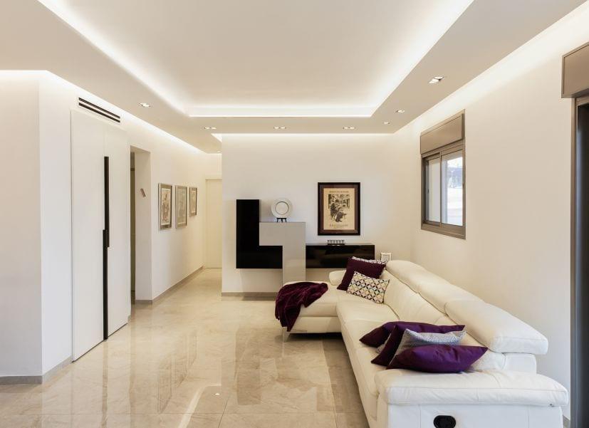 סלון מודרני מעוצב, עיצוב שרי בר-נע גבעון light-design