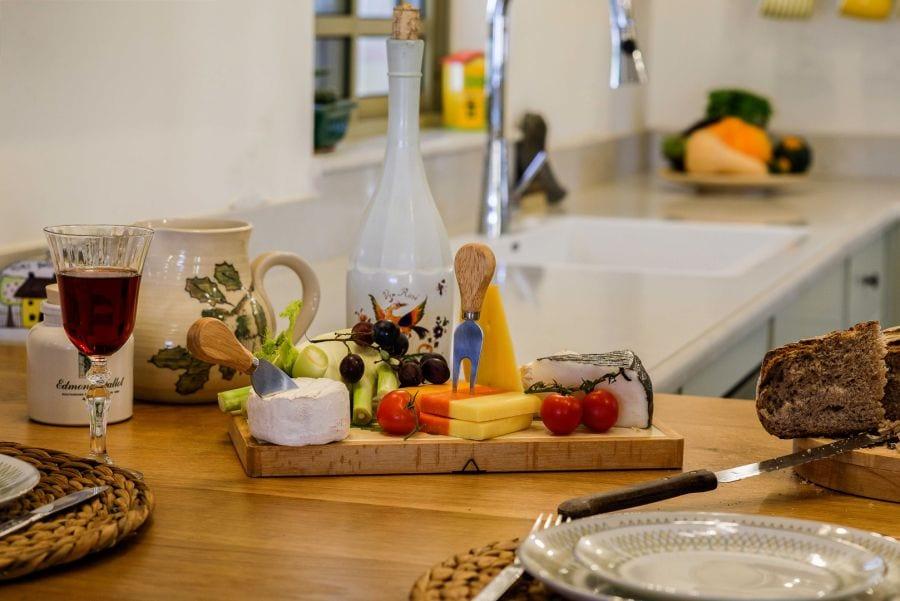 מטבח מעוצב, עיצוב שרי בר-נע גבעון light-design