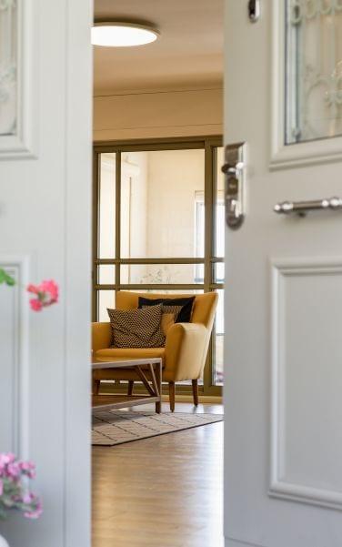 מבואת כניסה מעוצבת , עיצוב שרי בר-נע גבעון light-design