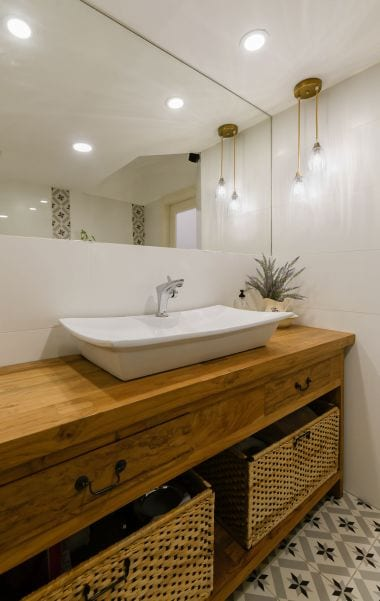חדר רחצה מעוצב , עיצוב שרי בר-נע גבעון light-design