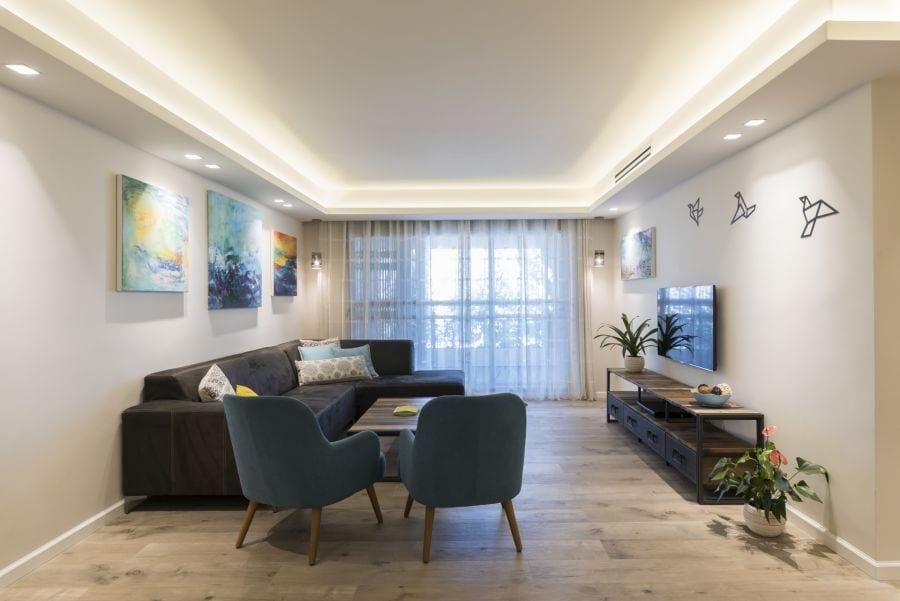 סלון כפרי מעוצב, עיצוב שרי בר-נע גבעון light-design