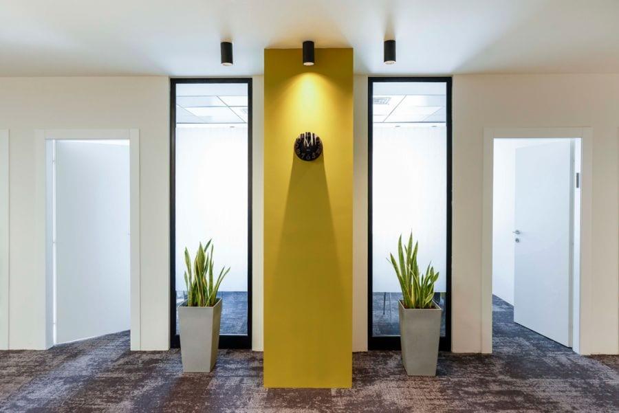 משרד עורכי דין מבואת כניסה, שרי בר-נע גבעון light-design