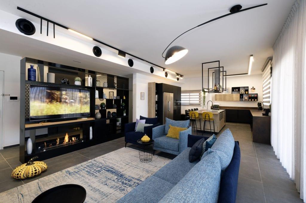 תאורה מגנטית ותאורה דקורטיבית בסלון ובמטבח עיצוב פנים ותאורה שרי בר-נע גבעון